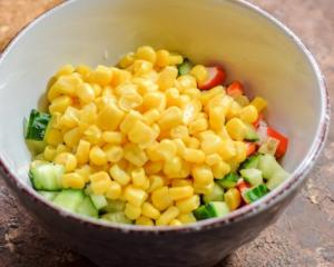 Крабовый салат с йогуртовой заправкой - 0